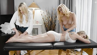 A massage turns yon rough threesome with horny lesbian Carolina Confectionery