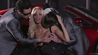 Two cocky dudes fuck both holes of bodacious elite hooker Jessica Drake