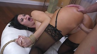Curvaceous blackness Jasmine Jae is booked up and punished by one brutal tramp