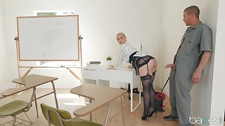 Teacher Sarah Vandella with reference to stockings spreads her legs for a fat cock