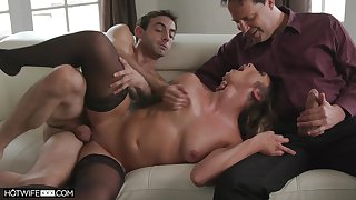 Dirty girl Piper Cox has an observer while a lover does her pussy some good