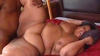 Farrah Foxx ebony BBW porn video