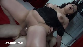 atty Steamy Beurette Laila Porn Video