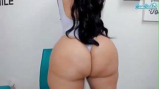 La mas rica y buena webcam latina tetas culo y haciendolos brincar