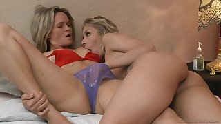 Wild lesbian banging with Prinzzess and Carmen Caliente