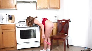 Cyndi is one saleable GILF you won't want to miss and she loves masturbating
