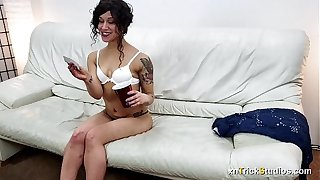 Oregon Hotwife Fucks On First Casting