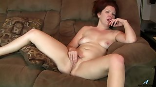 Video of a of age wife having some dirty fun readily obtainable habitation - Kimberlee Cline