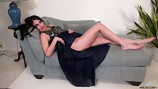 Theresa Soza loves pleasuring her pussy for ages c in depth home alone. HD